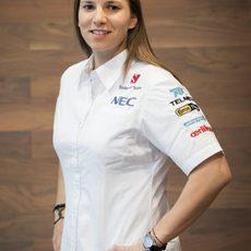Simona de Silvestro posa con los colores de Sauber