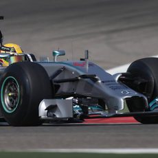 Lewis Hamilton prueba el compuesto experimental