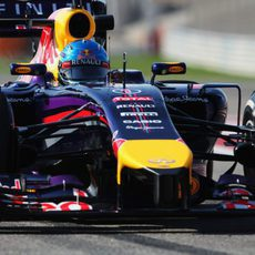Sebastian Vettel encara su última jornada de test