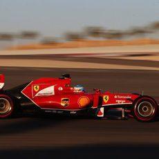 Fernando Alonso progresa con el compuesto superblando