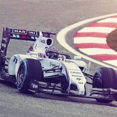 Valtteri Bottas con el FW36