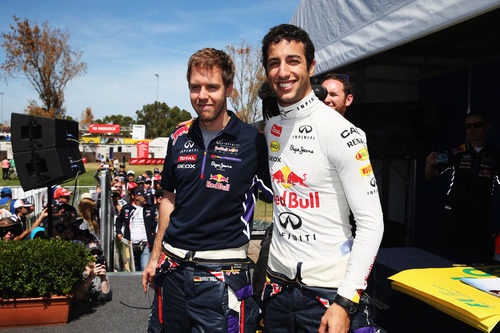 Sebastian Vettel y Daniel Ricciardo posan juntos