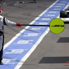 Barrichello a boxes