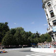 Alonso con su kart por Oviedo