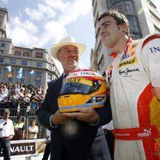 Alonso con el alcalde