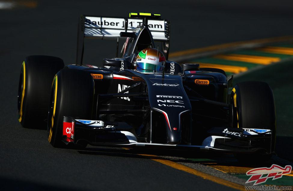 Esteban Gutiérrez trata de mejorar con el neumático blando