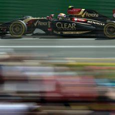 Pastor Maldonado avanza en los terceros entrenamientos de Australia