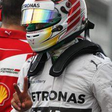 Primera pole del año para Lewis Hamilton