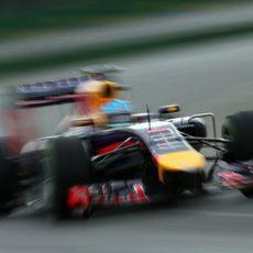 Sebastian Vettel 'vuela' en Albert Park
