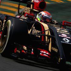Problemas técnicos para Pastor Maldonado con el E22