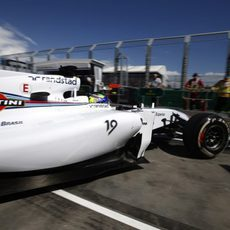 Felipe Massa sale de boxes en Albert Park