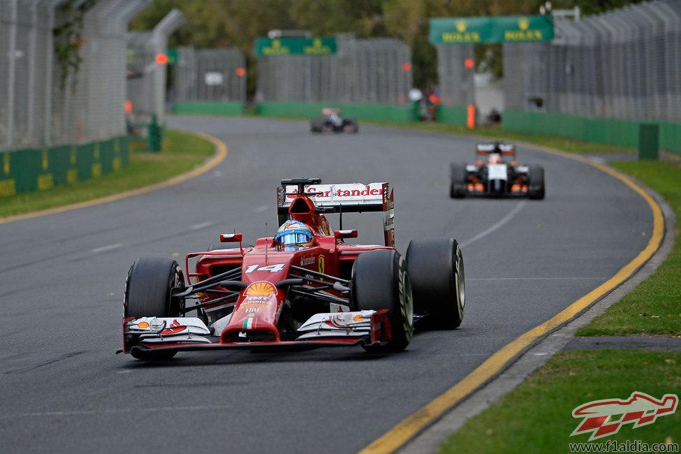 Fernando Alonso firma el quinto mejor tiempo