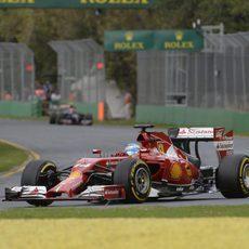 Decepción de Fernando Alonso por no subir al podio