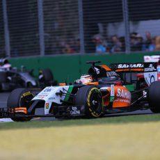 Nico Hülkenberg rodó cerca de los líderes al comienzo del GP