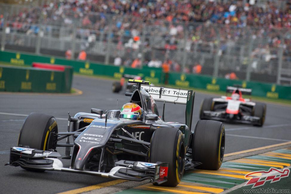 Esteban Gutiérrez es 13º en Australia