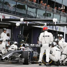 Parada en boxes de Jenson Button