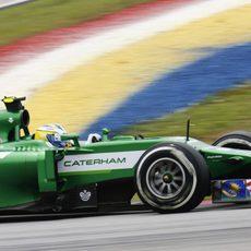 Marcus Ericsson rueda con los medios