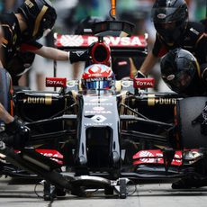 Parada en boxes de Romain Grosjean