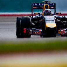 Daniel Ricciardo no acabó el GP de Malasia