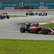 Curva a izquierdas para Fernando Alonso