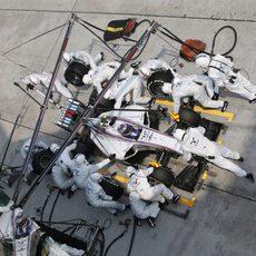 Valtteri Bottas en un pitstop