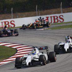 Felipe Massa ignora las órdenes de equipo