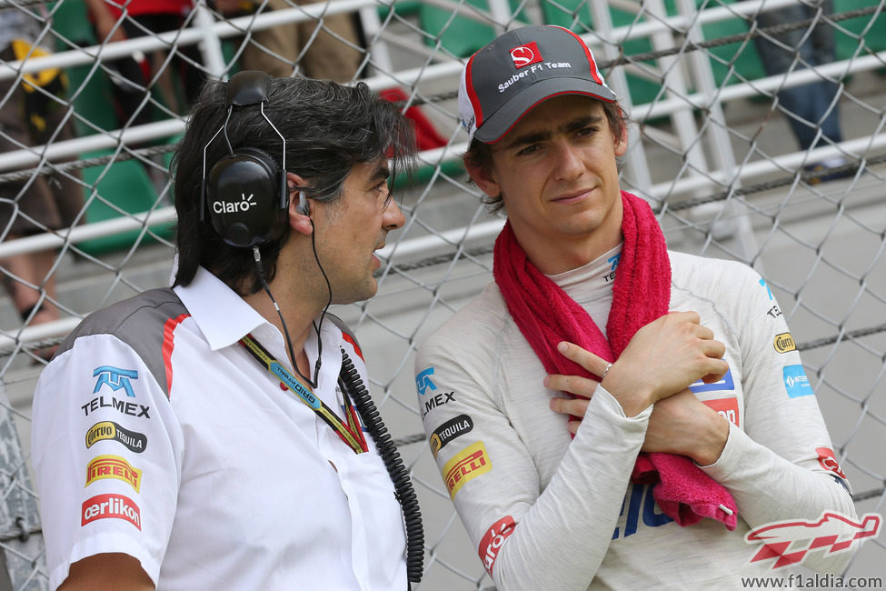 Esteban Gutiérrez antes de comenzar la carrera