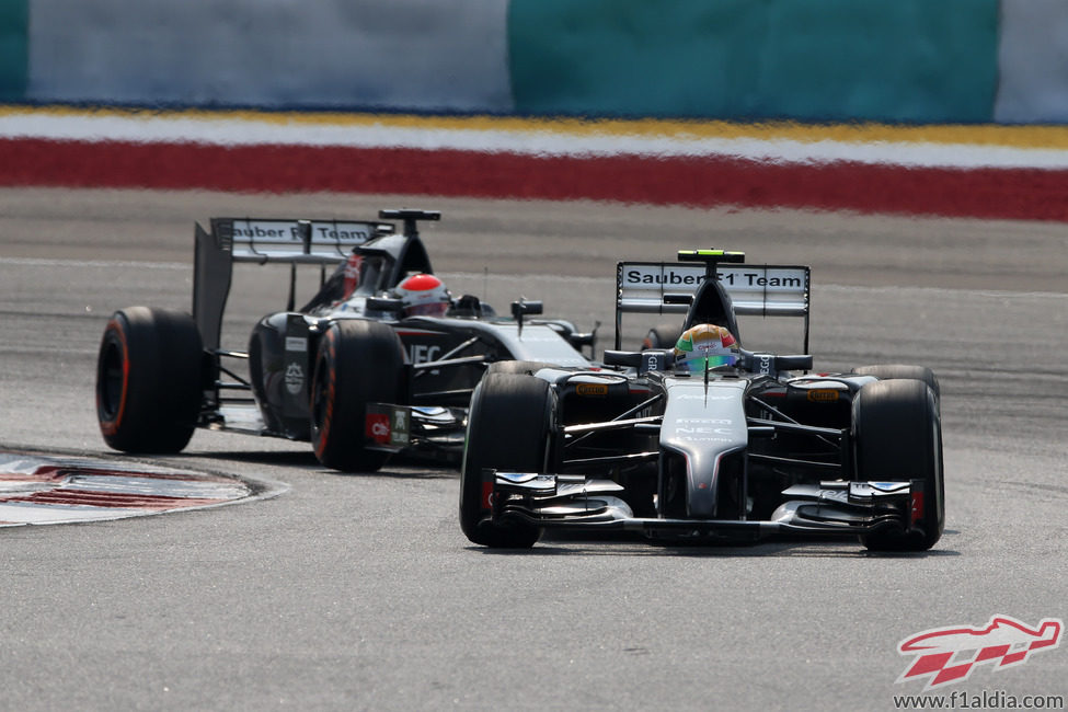 Adrian Sutil y Esteban Gutiérrez ruedan en Malasia