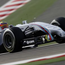 Felipe Nasr se estrena como piloto de Williams en Baréin
