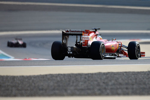 Nueva vuelta para Fernando Alonso en Sakhir