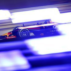 Juego de luces con Sebastian Vettel