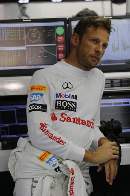Jenson Button en el garaje