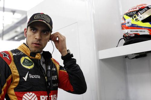 Pastor Maldonado a punto de empezar la sesión de libres