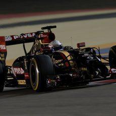 Romain Grosjean rodando en Barein