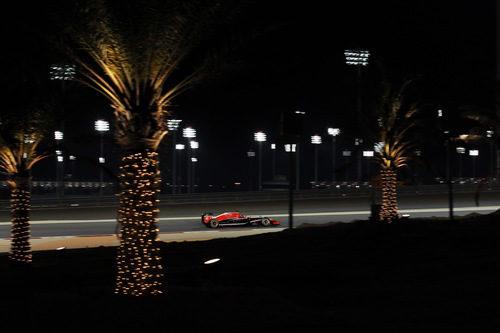 Jules Bianchi rodando de noche