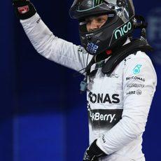 Alegría de Nico Rosberg tras lograr la pole en Baréin