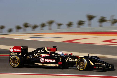 Romain Grosjean avanza a los mandos del E22