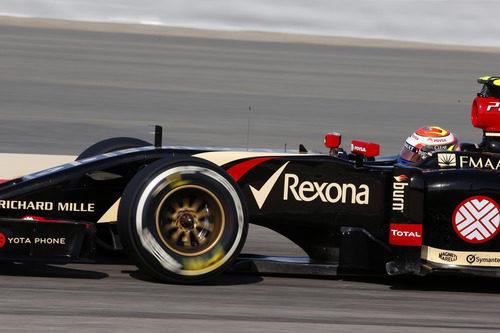 Tanda con el medio para Pastor Maldonado