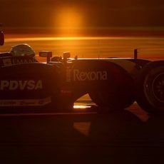 Romain Grosjean, en el atardecer de Baréin