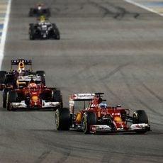 Fernando Alonso y Kimi Räikkönen en el GP de Baréin