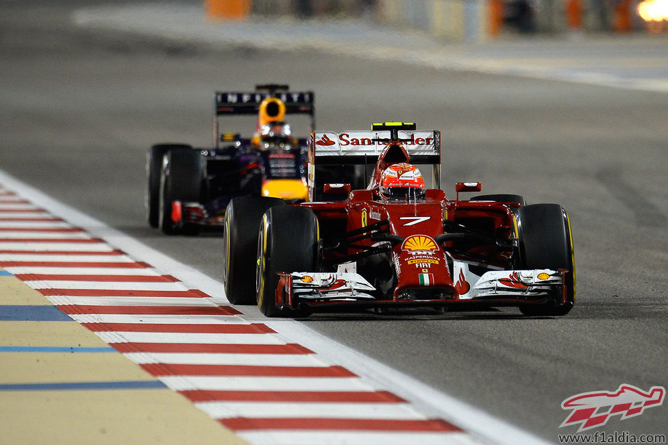 Kimi Räikkönen rasgó un puntito en Baréin