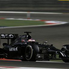Jenson Button mostró buen ritmo en carrera