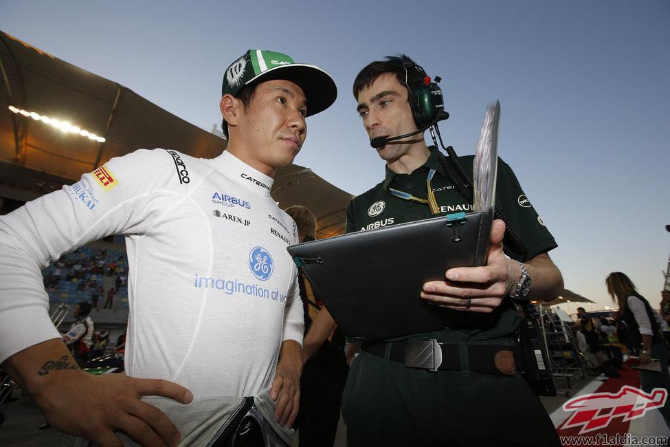 Kamui Kobayashi repasando su estrategia de carrrera