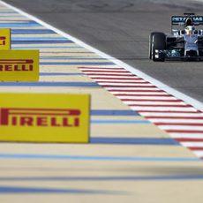 Pruebas de neumáticos para Lewis Hamilton