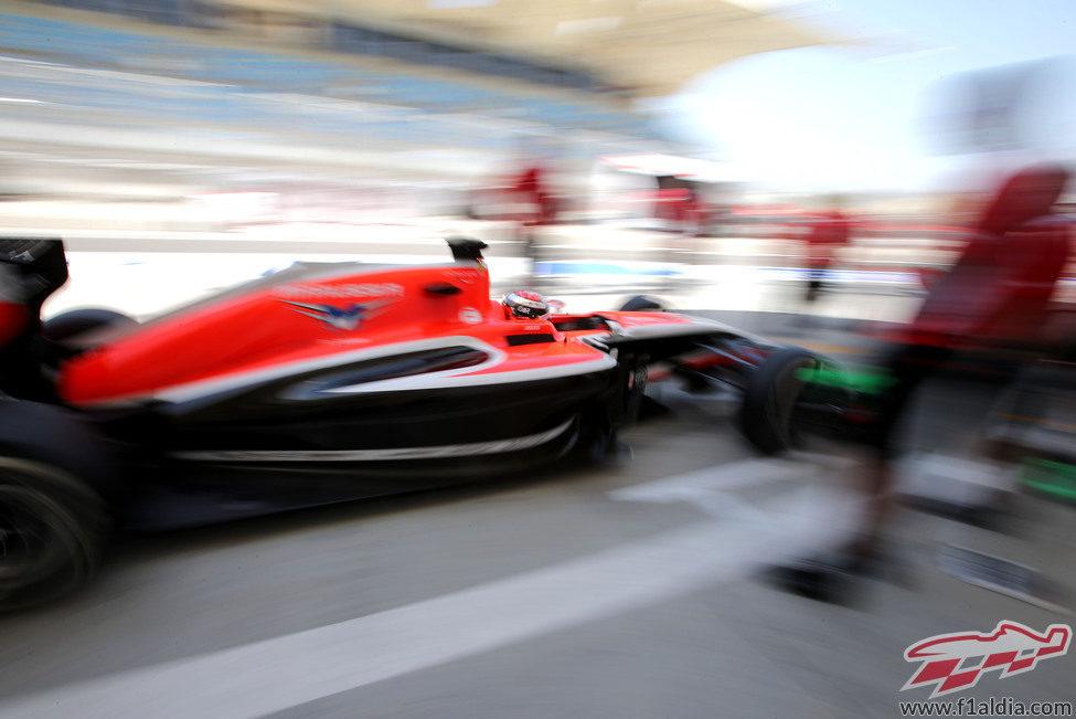 Jules Bianchi regresa rápido a boxes