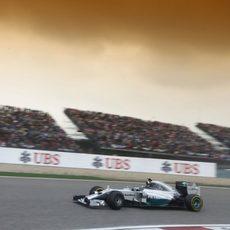 Nico Rosberg se recuperó de un mal comienzo