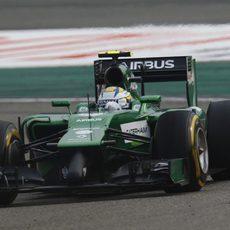 Marcus Ericsson rueda con los neumáticos blandos