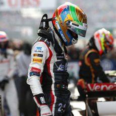 Esteban Gutiérrez decepcionado con su resultado al terminar la carrera