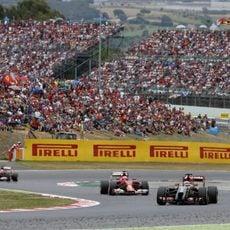 Romain Grosjean por delante de Raikkonen y Alonso