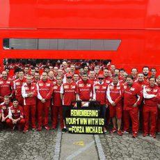 El equipo Ferrari recuerda la primera victoria de Michael Schumacher con la Scuderia